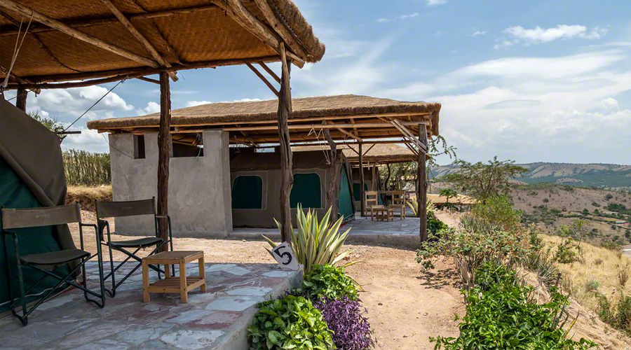 Eagles Nest safari lodge in lake mburo park